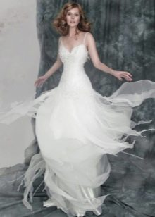 Летящая юбка свадебного платья из органзы