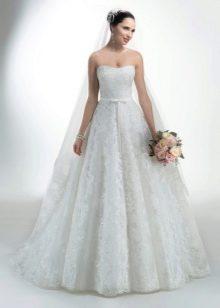 Полностью кружевное длинное свадебное платье