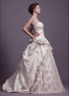 Свадебное пышное платье от Анастасии Горбуновой