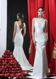 Свадебное платье с кружевом от RARA AVIS