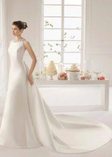 Прямое свадебное платье от Aire Barcelona