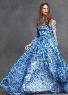 Пышное синее вечернее платье