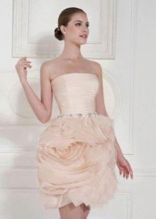 Персиковое короткое свадебное платье