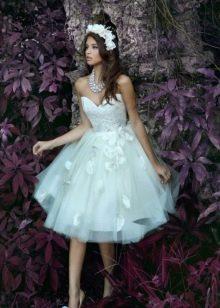 Аксессуары к короткому пышному свадебному платью