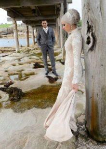 Прямое свадебное платье мусульманское