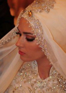 Свадебный хиджаб мусульманской невесты