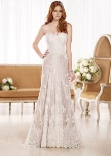 Прямое свадебное платье  кружевное прямое