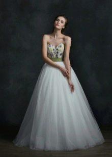 Свадебное платье от Natasha Bovykina с камнями