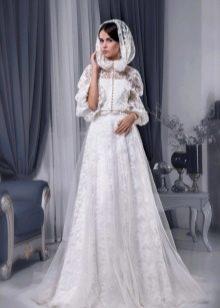 Свадебное платье с накидкой от Светланы Лялиной