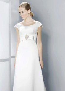 Свадебное платье с круглым горлом