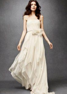 Свадебное платье для пляжной церемонии простое