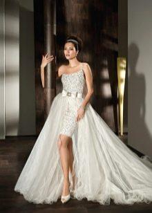 Свадебное платье со съемным шлейфом на поясе