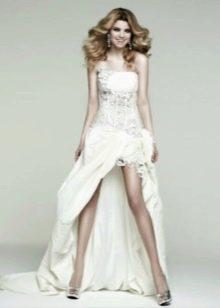 Свадебное платье мини со шлейфом