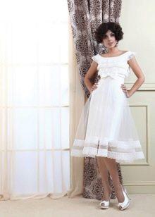 Свадебное платье миди с прозрачной пышной юбкой