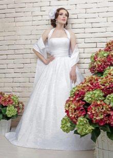 Недорогое свадебное платье с ажурным верхом