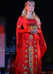 Красный сарафан свадебный