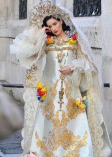 Свадебное платье в русском стиле светлое