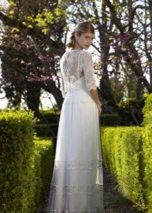 Свадебное платье в стиле рустик с накидкой