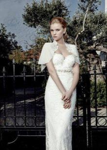 Кружевное свадебное платье с болеро
