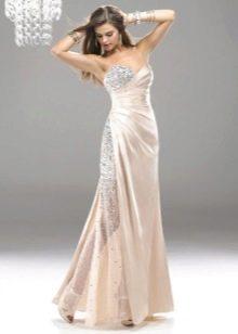 Молодежное свадебное платье кремового цвета