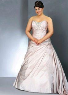 Свадебное платье для полных с лиловым оттенком