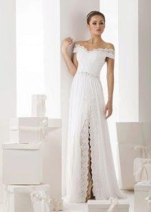 Свадебное платье от Васильков с кружевом