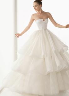 Шелковое свадебное платье пышное