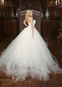 Свадебное платье из шифона пышное