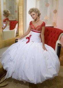 Платье свадебное с красным лифом