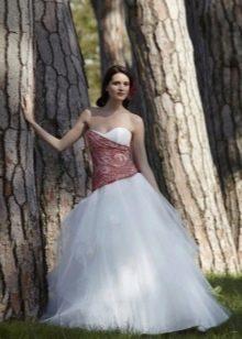 Свадебное платье с красным верхом