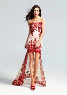 Короткое бело-красное платье с кружевом