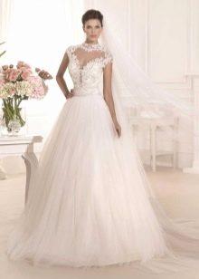 Свадебное платье закрытое с ажуром