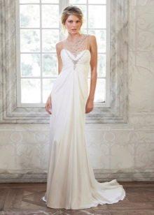 Свадебное платье в стиле ампир, декорированное бусами