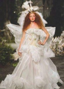 Уродливое дизайнерское свадебное платье