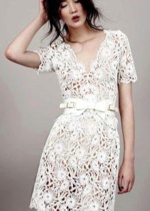 Кружевное короткое платье футляр винтажное