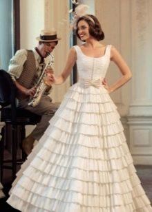 Свадебное ретро платье многоярусное