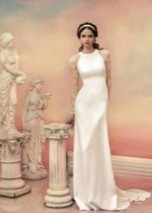 Свадебное платье закрытое с кружевными рукавами