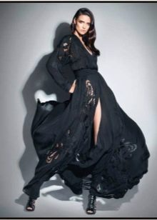 Вечернее платье от Zuhair Murad  в пол с разрезом