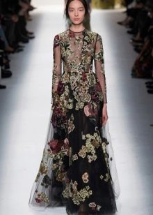 Вечернее платье от Valentino из щифона