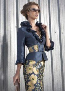 Вечернее платье для зрелых от Carla Ruiz короткое