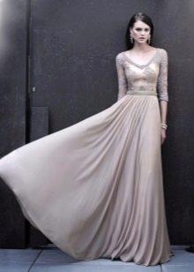 Вечернее платье для зрелых от Carla Ruiz длинное