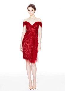 Вечернее платье от Marchesa красное
