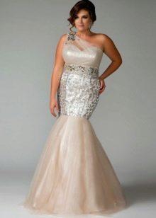 Белое вечернее платье русалка для полных