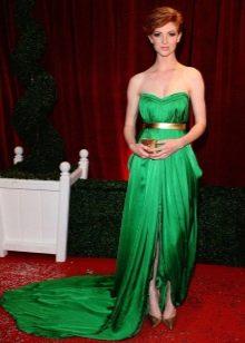 Люси Дикон - изумрудное платье