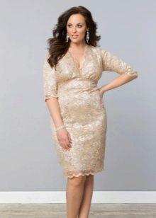 Платье с кружевом от Igigi