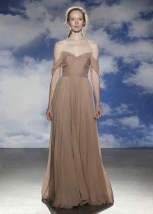Вечернее платье от Jenny Packham для полных