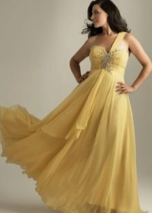 Вечернее платье на одно плечо для полных