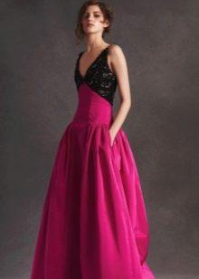Вечернее платье с ажурным верхом от Oscar de la Renta