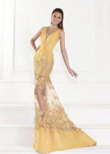 Летнее вечернее платье русалка с цветочной аппликацией