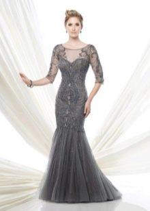 Серое платье для зрелых женщин вечернее